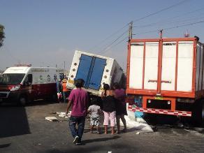 Pisco: dos muertos deja accidente vehicular en la Panamericana Sur