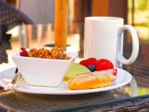 Desayunos para compensar el desgaste de agua y energía en verano
