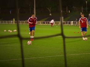 Youtube: Claudio Pizarro derrotó a Müller en divertida tanda de penales