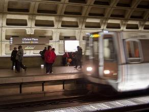 Washington: Un muerto tras llenarse de humo un túnel del metro