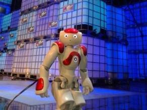 Robots atenderán a los clientes en banco japonés