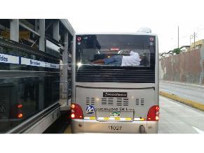 Lima: Hacinamiento en buses del Metropolitano