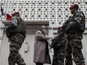 Charlie Hebdo: docena de detenidos en París relacionados con atentados