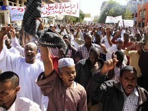 Charlie Hebdo: sudaneses piden ´dar muerte´ a semanario satírico