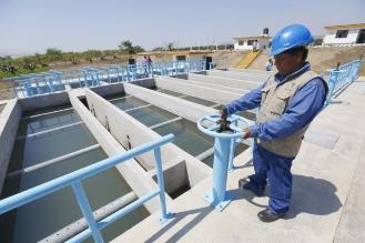 Gobierno amplía redes de agua potable y alcantarillado en La Libertad