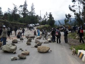 Puno: pobladores bloquearon vía que une Juliaca con el Cusco