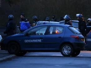 Francia: Entierran en tumba anónima a uno de los terroristas de París