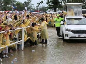 Filipinas: Papa celebró misa en Tacloban a pesar del mal tiempo