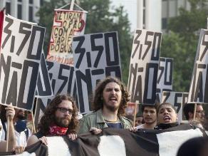 Brasil: Nueva protesta contra el alza de precios del transporte