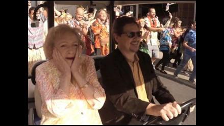 Betty White recibe un increíble flash mob como regalo de cumpleaños