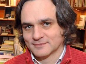 Charlie Hebdo: Dibujante Riss será el nuevo director del semanario