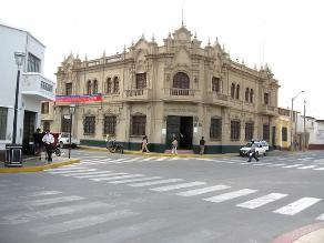 Fijan sueldo del alcalde de Lambayeque en más de 8 mil soles