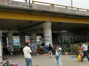 Los Olivos: Ambulantes causan desorden en zona comercial