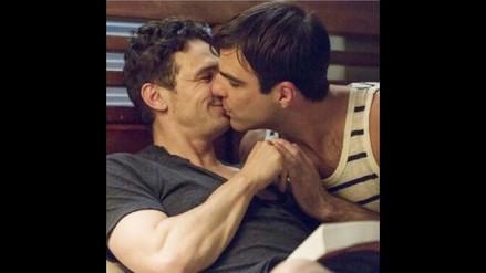 ¡James Franco muestra su romántico beso con Zachary Quinto!