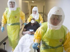 Farmacéutica británica prueba una vacuna contra el ébola en Liberia