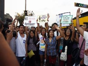 Liberan a los cuatro jóvenes detenidos en Plaza de Armas