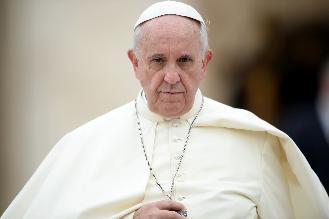 Papa Francisco prevé sombras y peligros para la humanidad en el 2015