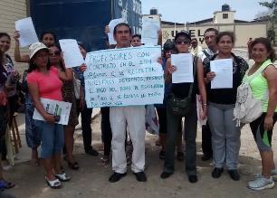 Lambayeque: docentes realizan plantón por bono de 400 soles