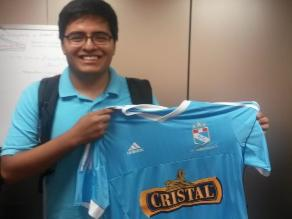 RPP Noticias premió a hincha de Sporting Cristal