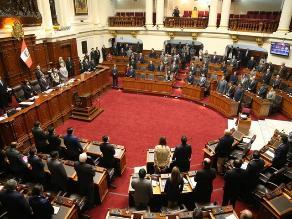 Pleno extraordinario debatirá seis proyectos sobre ley laboral juvenil