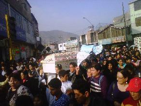 Trasladan a Arequipa a policía que murió en conflicto minero
