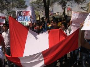 Pleno del Congreso decide derogar Ley Laboral Juvenil