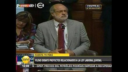 Ley Jóvenes: Discusión entre Abugattás y Lescano encendió el debate