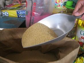 Estas son las diferencias entre el azúcar rubia y la blanca