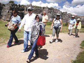 Puno espera 40 mil turistas para la fiesta de la Virgen de la Candelaria