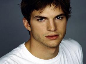 Ashton Kutcher, testigo por el asesinato de su exnovia