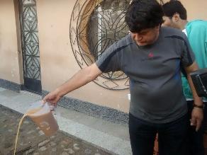 Cajamarca: moradores se quejan por agua turbia en sus cañerías