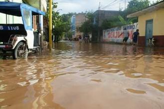San Martín: pobladores alarmados por la crecida del río Huallaga