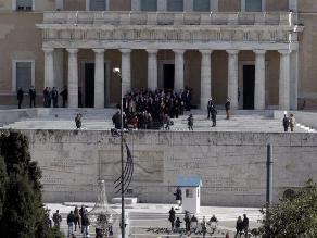 Nuevo Gobierno griego restablecerá el salario mínimo