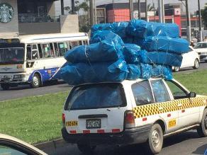 La Molina: Vehículo lleva carga peligrosa en avenida Javier Prado