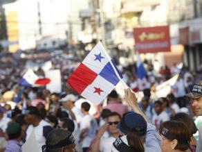 Panamá: Miles de personas marchan contra corrupción
