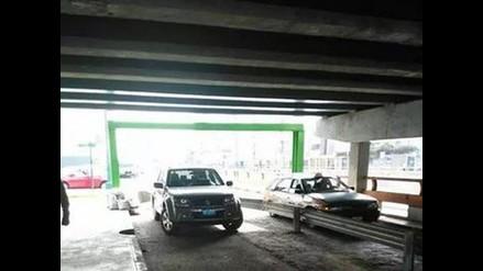 Usan puente de avenida Brasil como cochera