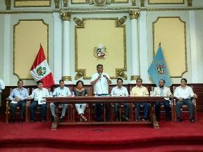 Autoridades se reúnen para recuperación de teatro de Chiclayo