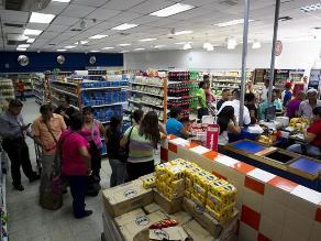 Prisión para 5 personas por acaparar productos cárnicos en Venezuela