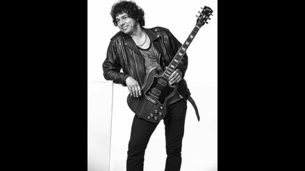 Julio Pérez debuta como solista