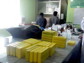 Ayacucho: policía antidroga decomisa 85 kilos de cocaína y armas de guerra