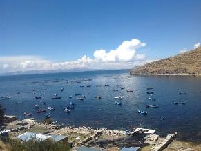 Gobierno central y regional descontaminarán Lago Titicaca