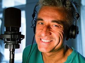 Jorge González es internado por Accidente Cerebro Vascular