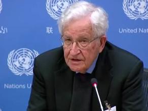 Chomsky: Europa es hoy una de las mayores víctimas del neoliberalismo