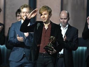 Grammy 2015: Beck dio la sorpresa con Mejor Álbum del Año