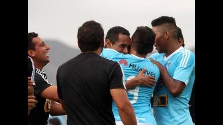 Sporting Cristal ganó 1-0 a Cienciano con golazo olímpico de Carlos Lobatón