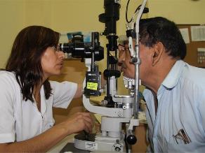 ¿Problemas de visión? Estos alimentos favorecen a la vista