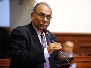 El congresista Rogelio Canches renuncia a la bancada de Gana Perú