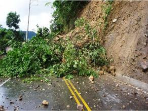 Apurímac: lluvias generan deslizamientos en carreteras del interior