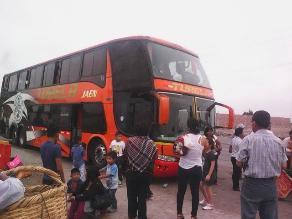 Trujillo: 50 pasajeros de ómnibus interprovincial varados en Moche