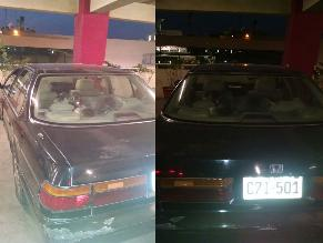 Perro se queda encerrado en un auto por largas horas
